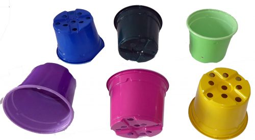 Coloured 9 cm plastic pots